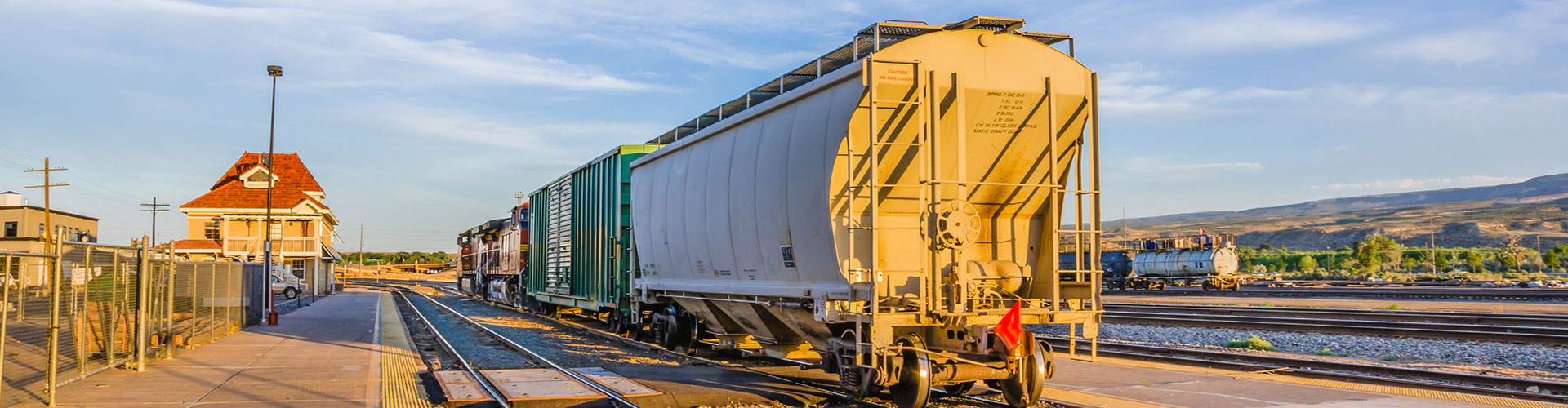 Why It's Time to Think About  Buying or Leasing Railcars